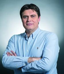 ИВАЙЛО СЛАВОВ има повече от 20 години професионален опит, натрупан както на ръководни постове в световноизвестни международни компании, така и като предприемач. През 2010 г. той съосновава BULPROS и само за 7 години успява да я превърне в една от най-бързо развиващите се технологични компании.