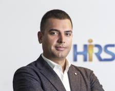 Кирил Бораджиев е управляващ партньор на HRS Bulgaria. Завършил е висшето си образование у нас, след това продължава обучението си в Германия. Кариерата си започва в една от най-големите HR компании в света, а днес вече е с над 10 години търговски опит и ключово влияние в HR управлението.