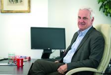 """Емануел Артур е изпълнителен директор на """"Нестле България"""" АД от октомври 2016 г. Присъединява се към базираната в Швейцария група през 1984 г."""