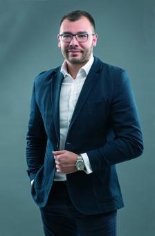 Петър Добрев