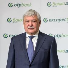 ШАНДОР ЧАНИ е председател на управителния съвет и главен изпълнителен директор на Банка ОТП, която е собственик на Банка ДСК от 2003 г.