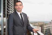 """ДРАГОМИР МИЛУШЕВ е търговски директор в """"Коника Минолта България"""" от 2011 г. Има дългогодишен опит в сферата на телекомуникациите и други услуги за бизнеса. Завършил е финанси в УНСС, както и мениджмънт на търговската дейност в Стопанската академия """"Д. А. Ценов""""."""