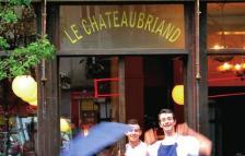 Le Chateaubriand все още държи мястото си като най-търсения ресторант в Париж.