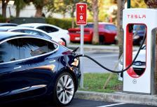 През 2019 г. вероятно ще видим първата инсталирана Supercharger зарядна станция на Tesla в България