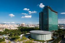 Центърът за изследвания и разработка в комплекса на Huawei в Шенжен