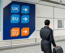 Много е вероятно при засилване на конкуренцията (ако не й се пречи) у нас след приемането на еврото цените да се понижат