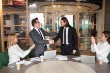 Умните компании осребряват лоялността на своите клиенти