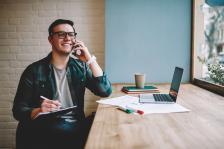 Хедхънтърите имат нужда от професионални контакти с мениджъри толкова, колкото и те от тях