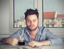 Недоспиването не само създава дискомфорт, а и ни прави по-лоши