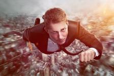 Свръхамбициозните хора често успяват да достигнат до високи позиции, но рядко шефовете или подчинените им биха ги нарекли супермениджъри